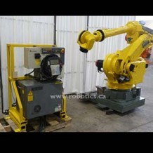 Fanuc S-430iL (Long Arm) with RJ3 Controller